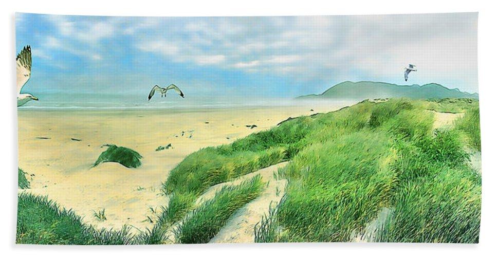 Beach Bath Sheet featuring the mixed media Seagulls by Tom Schmidt