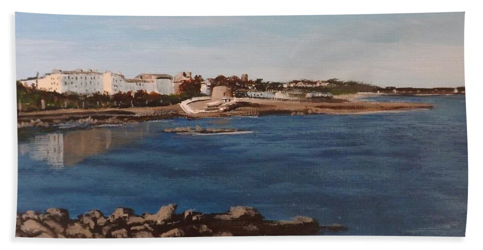 Seascape Hand Towel featuring the painting Seapoint From Salthill by Tony Gunning