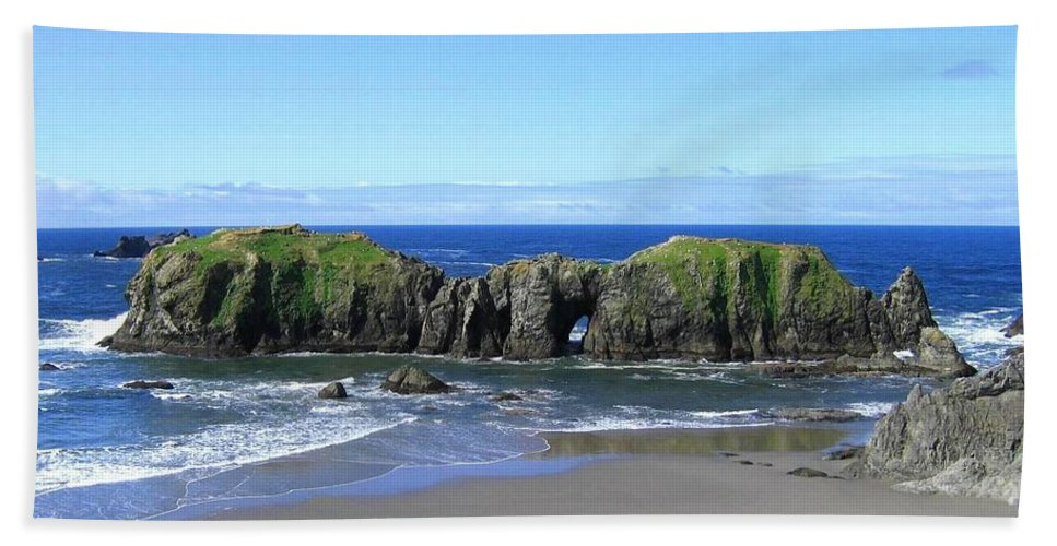 #seascape Hand Towel featuring the photograph Seascape Supreme by Will Borden