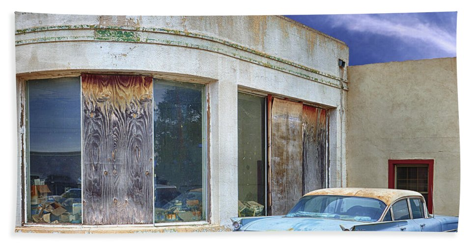 Car Dealership Bath Sheet featuring the photograph Second Wind by Dominic Piperata
