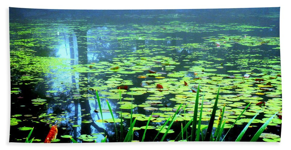 Water Hand Towel featuring the photograph Secret Quiet Pond by Sybil Staples