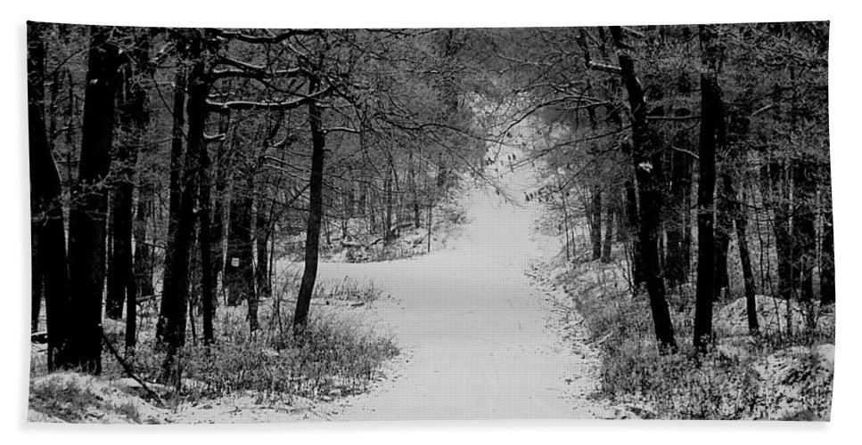 Snow Hand Towel featuring the photograph See Where It Leads. by Jean Macaluso