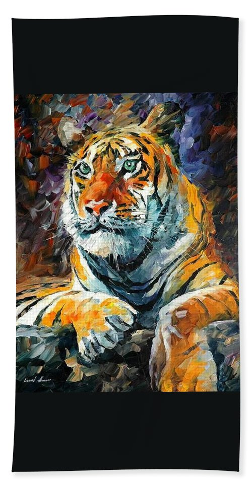 Painting Hand Towel featuring the painting Seibirian Tiger by Leonid Afremov