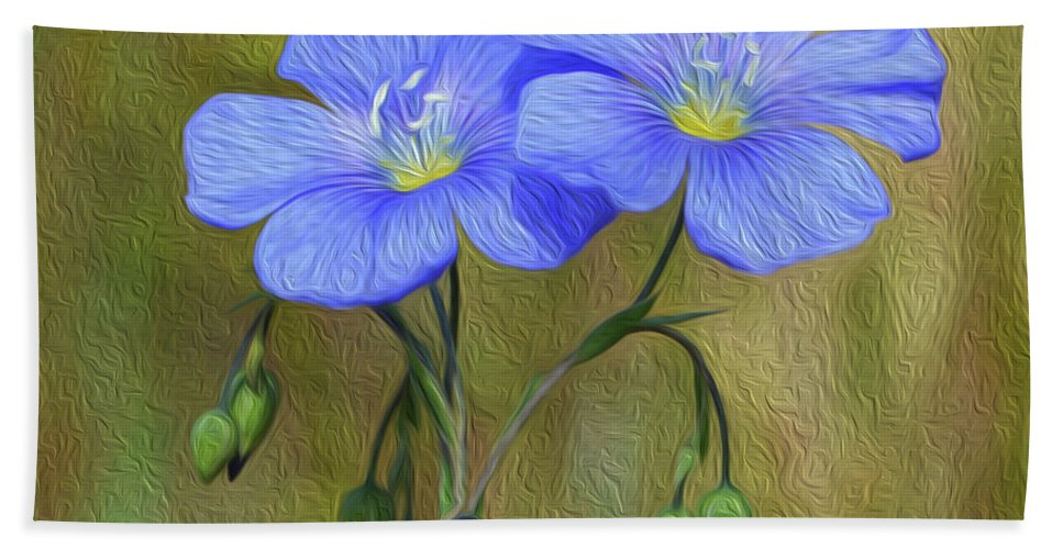 Floral Hand Towel featuring the photograph Self Discovery by Tracie Fernandez