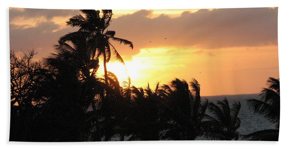 Sunset Hand Towel featuring the photograph Seven Mile Sunset by Stacey May