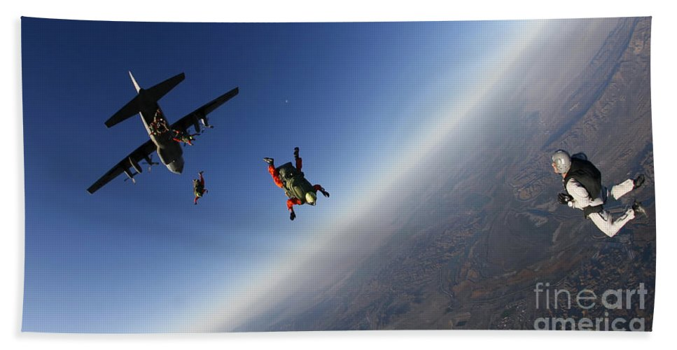 Advanced Tactical Infiltration Course Bath Sheet featuring the photograph Several Military Freefall Parachutist by Stocktrek Images