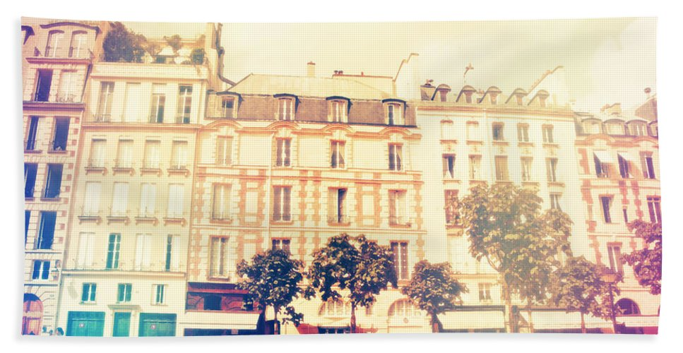 Architecture Bath Sheet featuring the photograph Shabby Chic Street Of Paris by Sandra Rugina