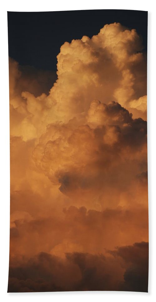 Clouds Bath Towel featuring the photograph Shades Of Color by Rob Hans