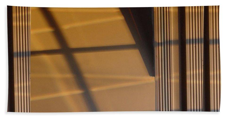 Windows Bath Sheet featuring the digital art Shadows by Ron Bissett