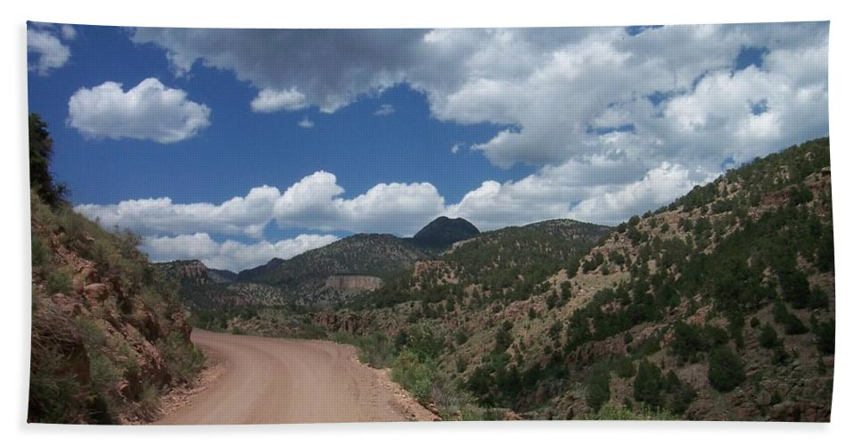 Shelf Road Hand Towel featuring the photograph Shelf Road by Anita Burgermeister