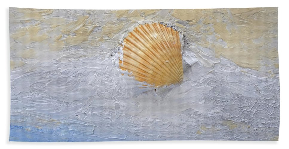 Seashell Hand Towel featuring the painting Shell by Dick Bourgault