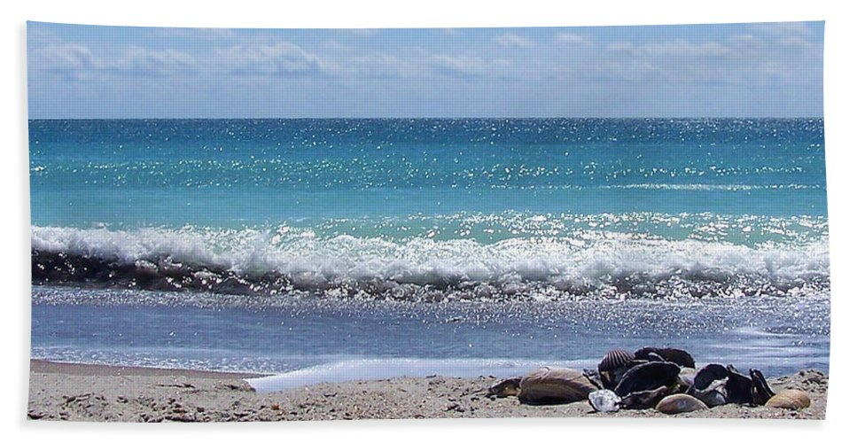 Beach Hand Towel featuring the photograph Shells On The Beach by Sandi OReilly
