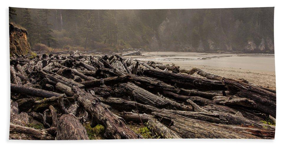 Oregon Bath Sheet featuring the photograph Short Sands Log Slash by Diana Powell