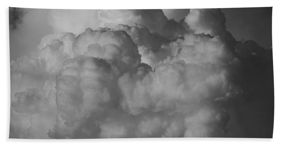 Black And White Bath Sheet featuring the photograph Shrimp Clouds by Rob Hans