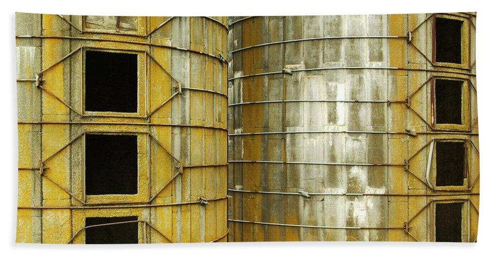 Silo Bath Sheet featuring the photograph Silo 3 by Sara Stevenson