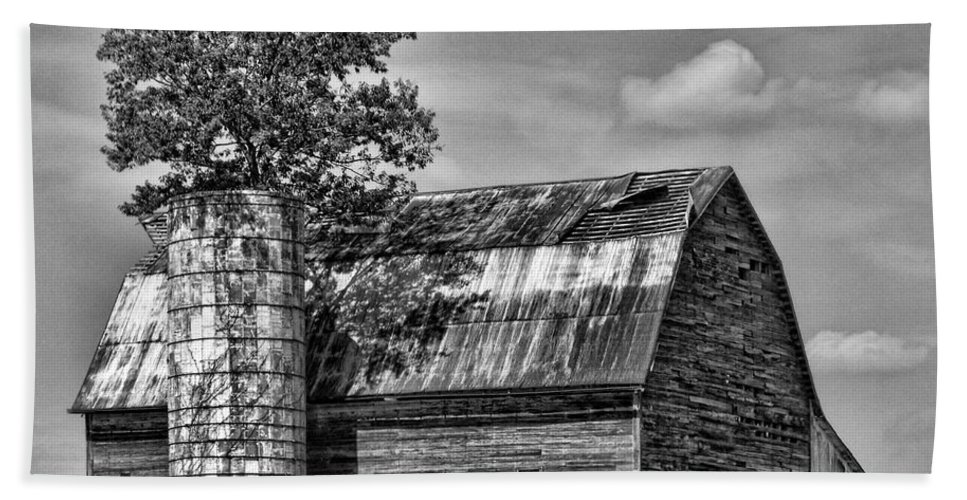 Black And White Hand Towel featuring the photograph Silo Tree Black And White by Kristie Bonnewell