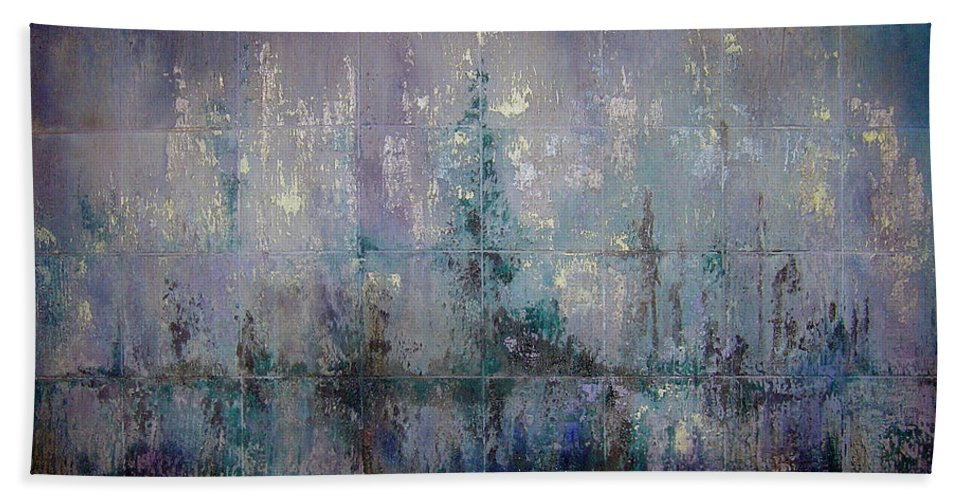 Abstract Hand Towel featuring the painting Silver And Silent by Shadia Derbyshire