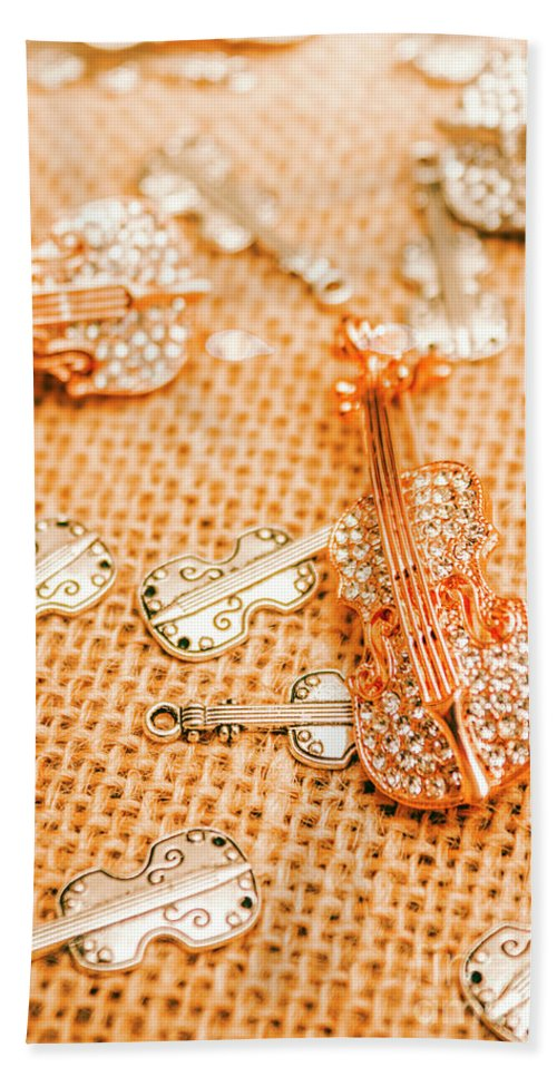 Musical Hand Towel featuring the photograph Silver Violin Pendant With Diamonds by Jorgo Photography - Wall Art Gallery
