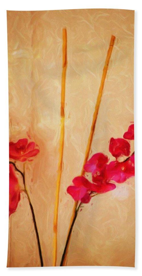 Fine Art Bath Towel featuring the digital art Simple Floral Arrangement by David Lane