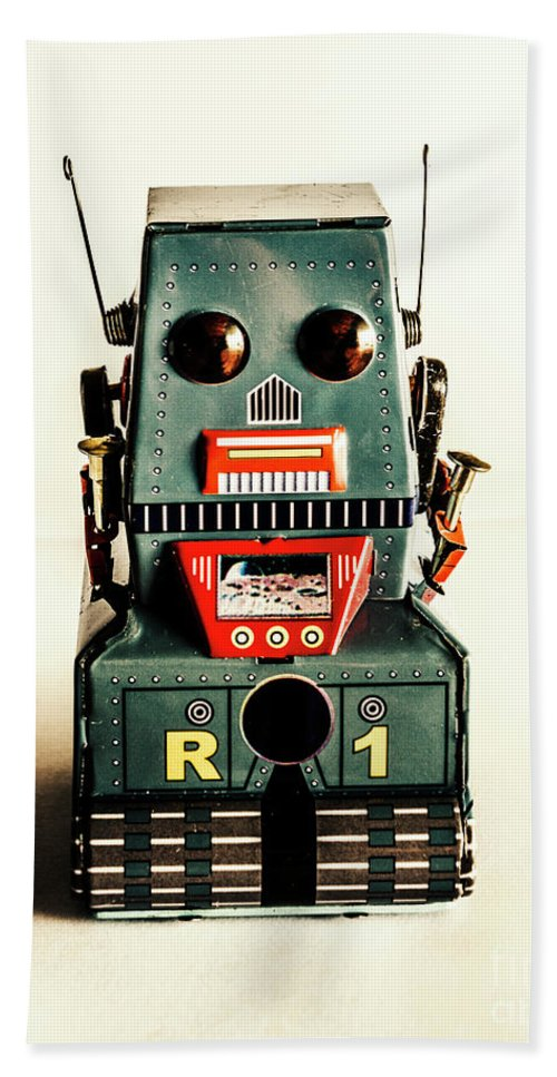 1960 Bath Towel featuring the photograph Simple Robot From 1960 by Jorgo Photography - Wall Art Gallery