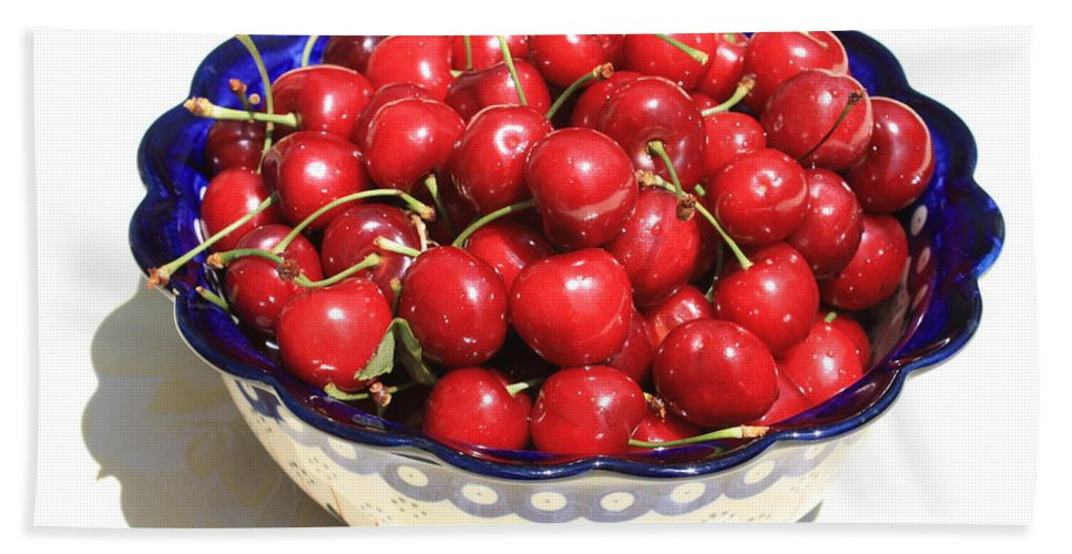 Cherries Bath Towel featuring the photograph Simply A Bowl Of Cherries by Carol Groenen