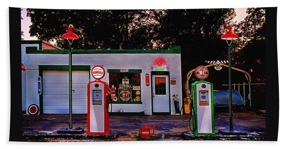 Gas Station Bath Towel featuring the photograph Sinclair by Steve Karol