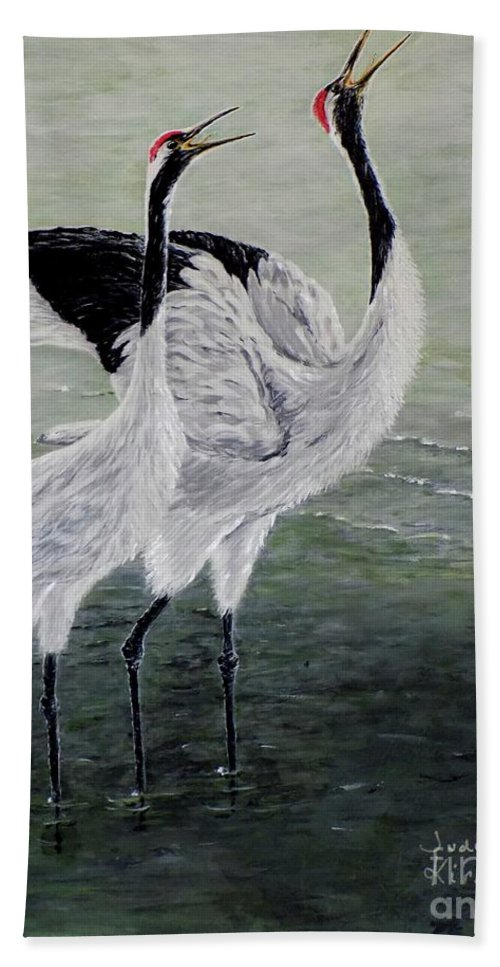 Bird Bath Sheet featuring the painting Singing Cranes by Judy Kirouac