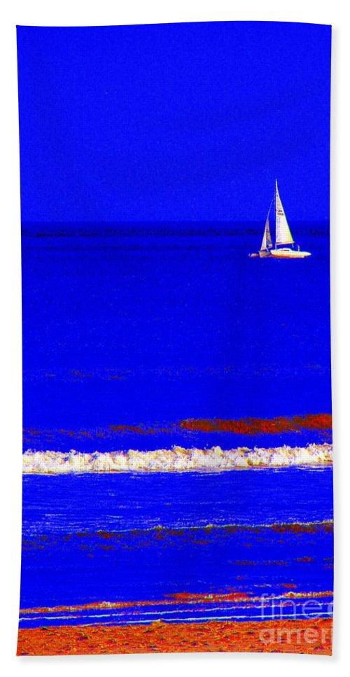 Sail Bath Sheet featuring the photograph Skirr by Priscilla Richardson