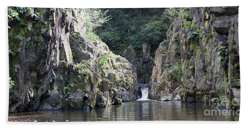 Waterfall Hand Towel featuring the photograph Skryje Waterfall And Pond by Michal Boubin