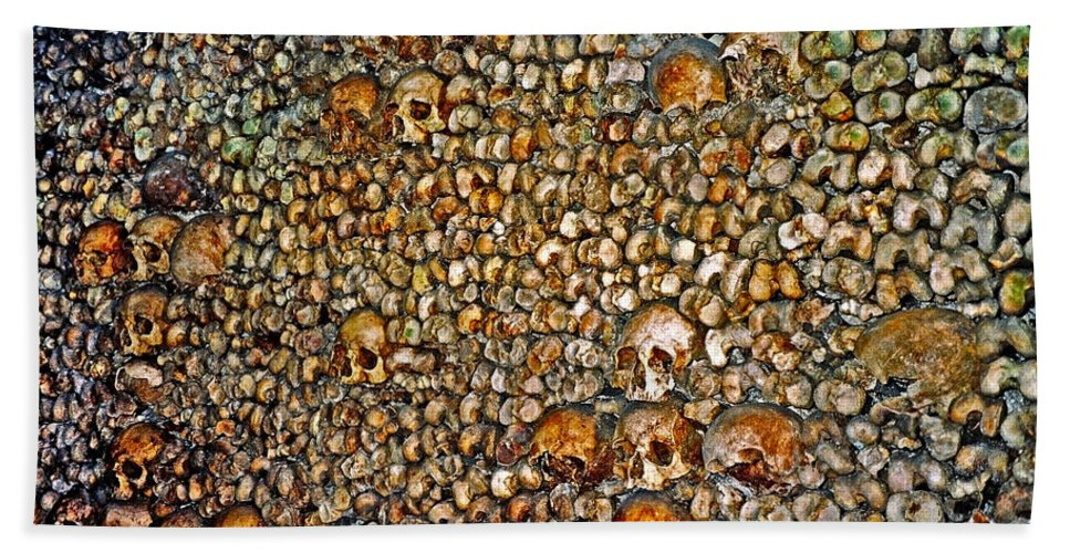 Skulls Bath Towel featuring the photograph Skulls and Bones under Paris by Juergen Weiss
