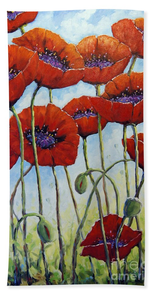 Artist Painter Hand Towel featuring the painting Skyward Poppies by Richard T Pranke