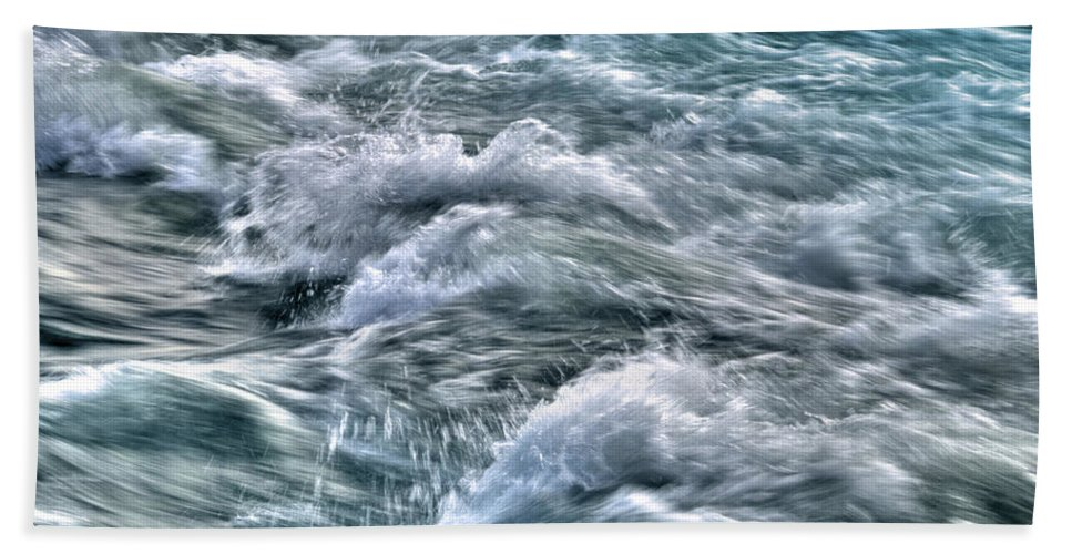Niagara Falls Hand Towel featuring the photograph Slow Motion Rapids by Tammy Wetzel