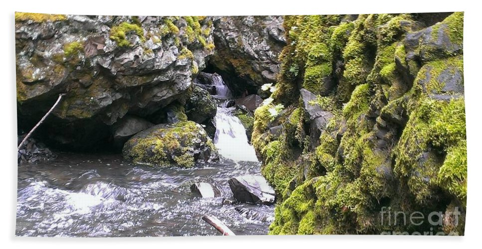 Waterfall Hand Towel featuring the photograph Small Falls At Boulder Cave by LKB Art and Photography