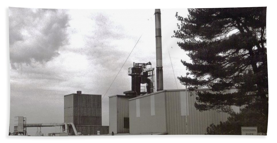 Black And White Photograph Hand Towel featuring the photograph Smoke Stack by Thomas Valentine