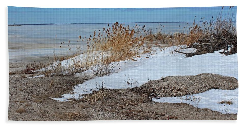 Maumee Bay Hand Towel featuring the photograph Snow And Sand by Michiale Schneider