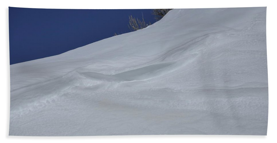 Snow Hand Towel featuring the photograph Snow Drift by Frank Madia