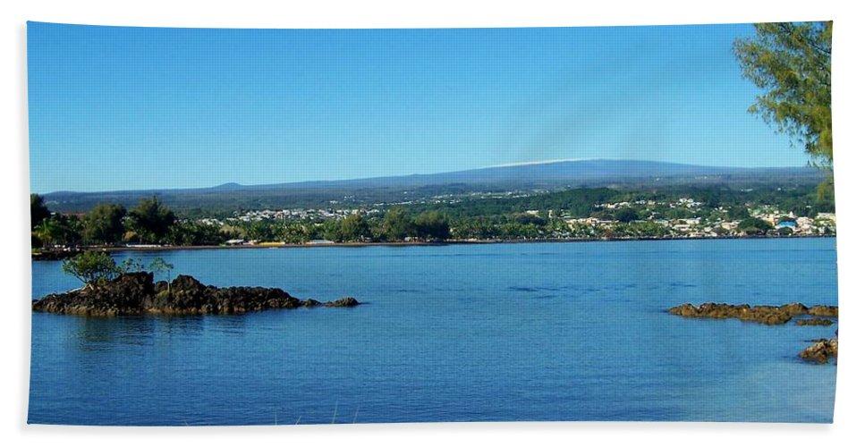 Hilo Bay Bath Sheet featuring the photograph Snow On Mauna Loa by Dina Holland