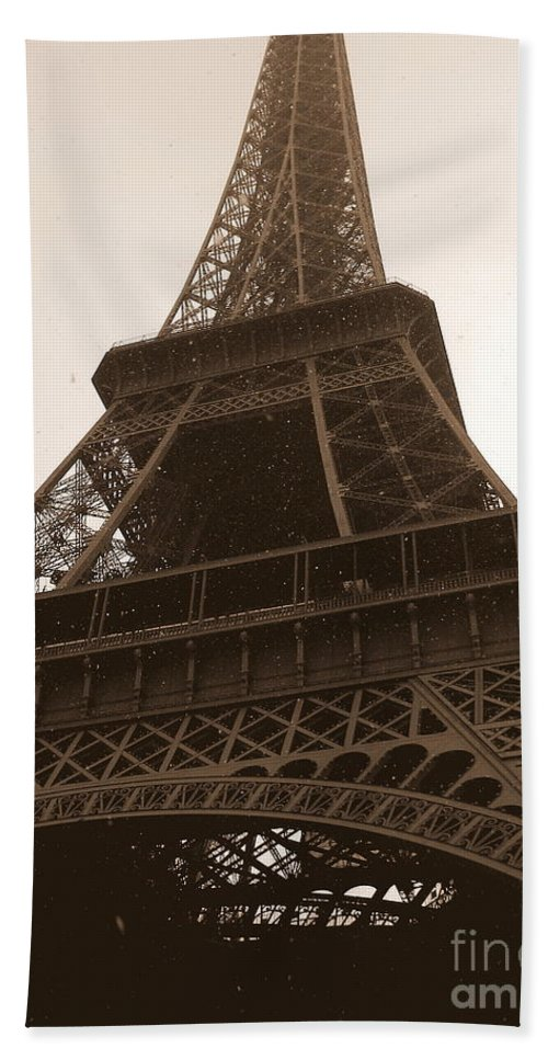 Paris Bath Sheet featuring the photograph Snowing On The Eiffel Tower by Carol Groenen