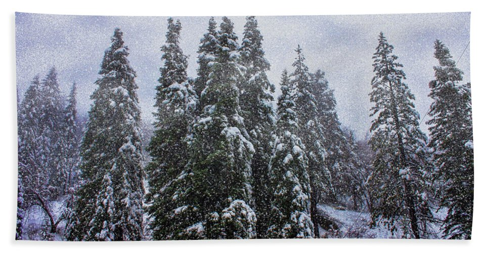 Big Bear Bath Sheet featuring the photograph Snowy Christmas At Big Bear Lake by Tommy Anderson
