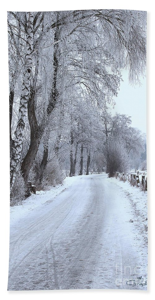 Path Bath Sheet featuring the photograph Snowy Path by Jutta Maria Pusl
