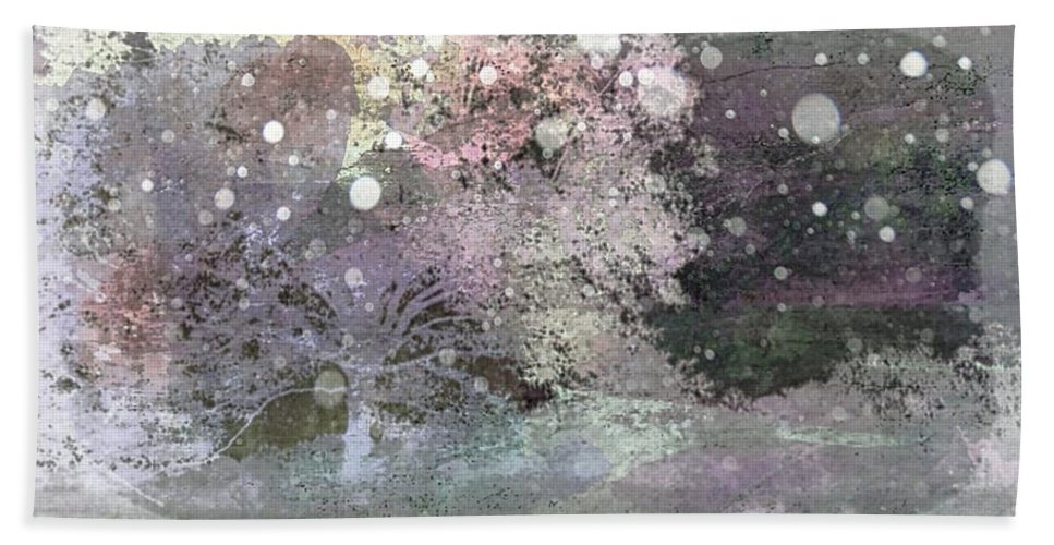 Winter Hand Towel featuring the photograph Soft Landing by Ellen Cannon