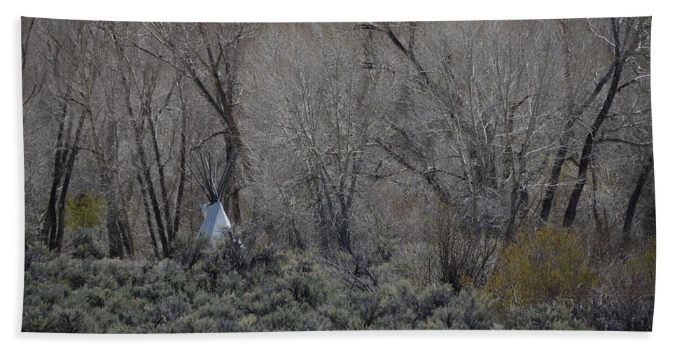 Native American Hand Towel featuring the photograph Solitary Tipi by Whispering Peaks Photography