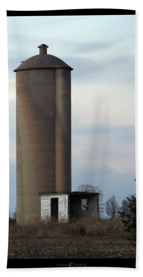 Silo Bath Towel featuring the photograph Solo Silo by Tim Nyberg
