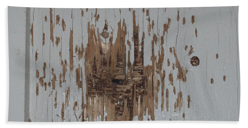 Eye Gun Shot Walls Hole Eerie Scary Wood Alone Bath Sheet featuring the photograph Someone Watching by Andrea Lawrence