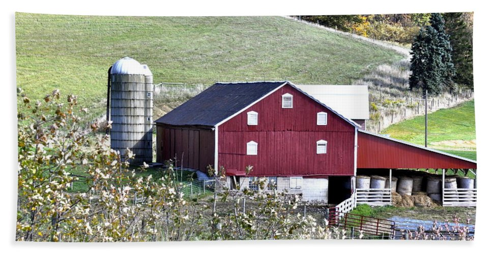 Farm Bath Sheet featuring the photograph Somerset County Farm by Penny Neimiller