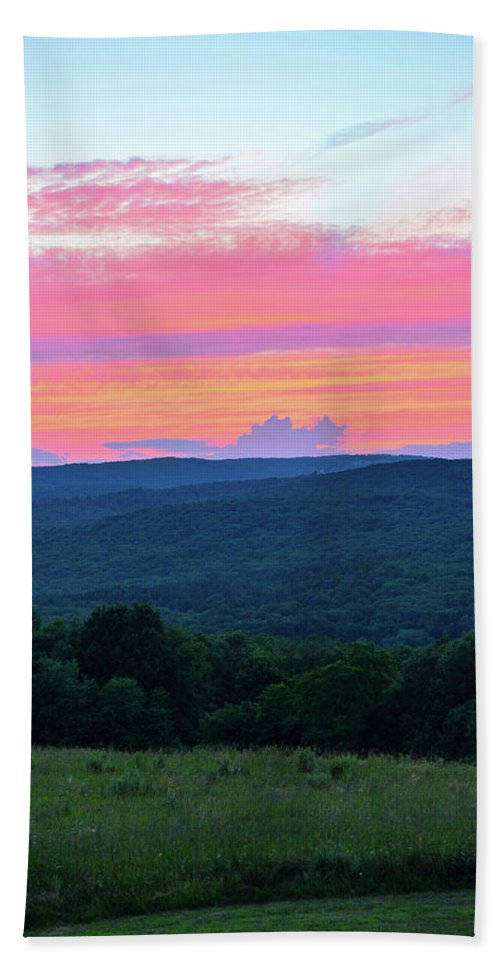 Sunset Bath Sheet featuring the photograph Somerset Sunset Vertical by Shelley Smith