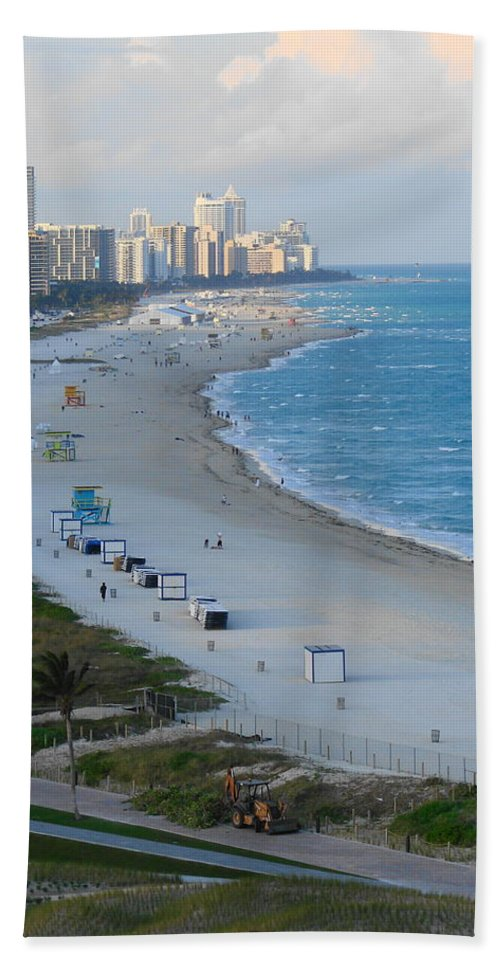 Miami Hand Towel featuring the photograph South Beach At Its Best by Margaret Bobb