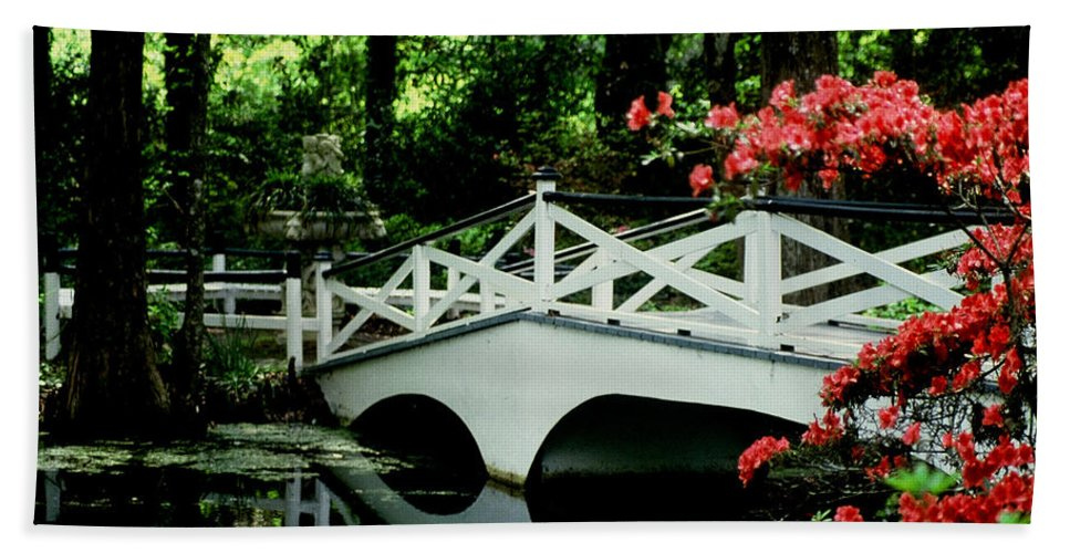 White Bridge Hand Towel featuring the photograph Southern Splendor by Gary Wonning