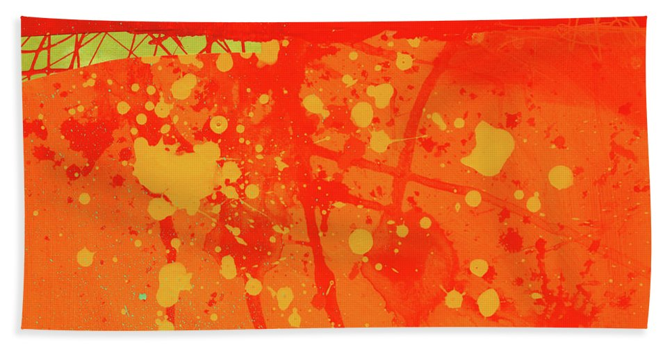 Janedavies Bath Sheet featuring the painting Splash 6 by Jane Davies