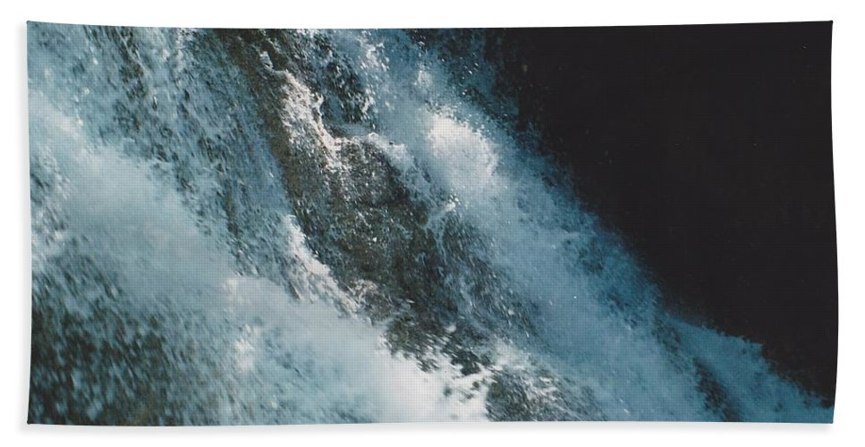 Water Hand Towel featuring the photograph Splash by Michelle Powell